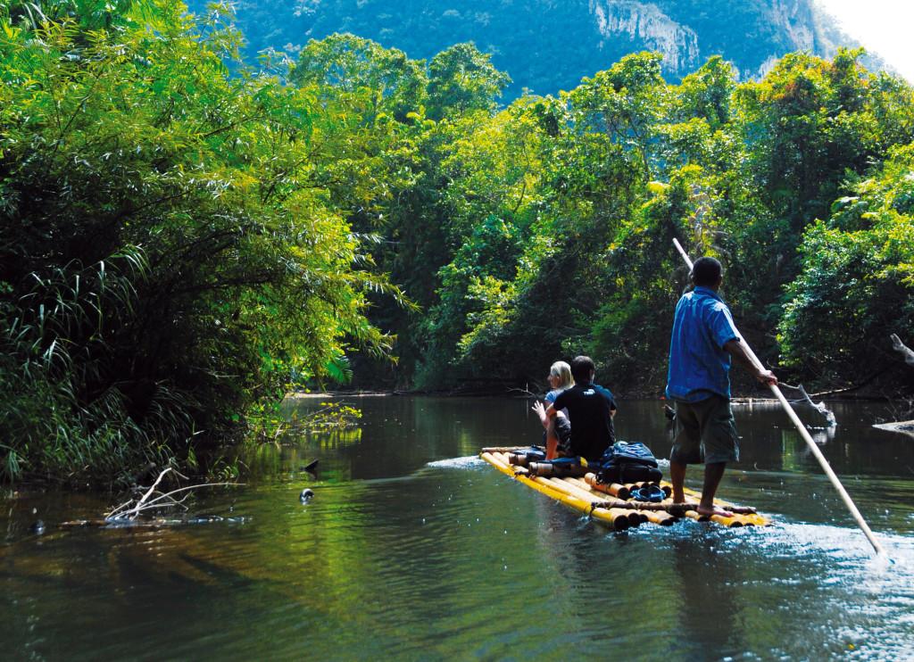 Khao sak Bamboo Rafting